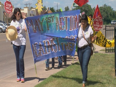 <p>Rio Grande Valley workers and members from Fuerza del Valle gathered at the Los Fresnos library Friday afternoon where they took a stand against unpaid labor.</p>