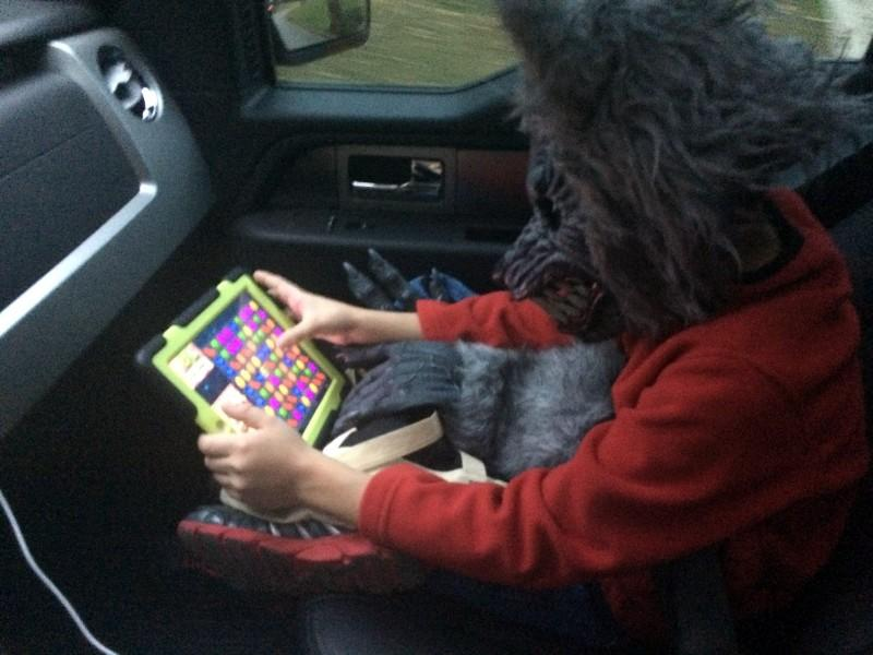 Even werewolves like playing Candy Crush!