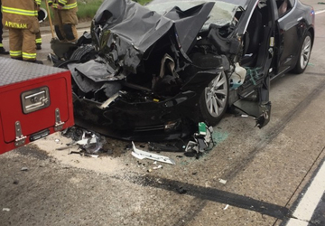 Tesla in Autopilot mode sped up before Utah crash