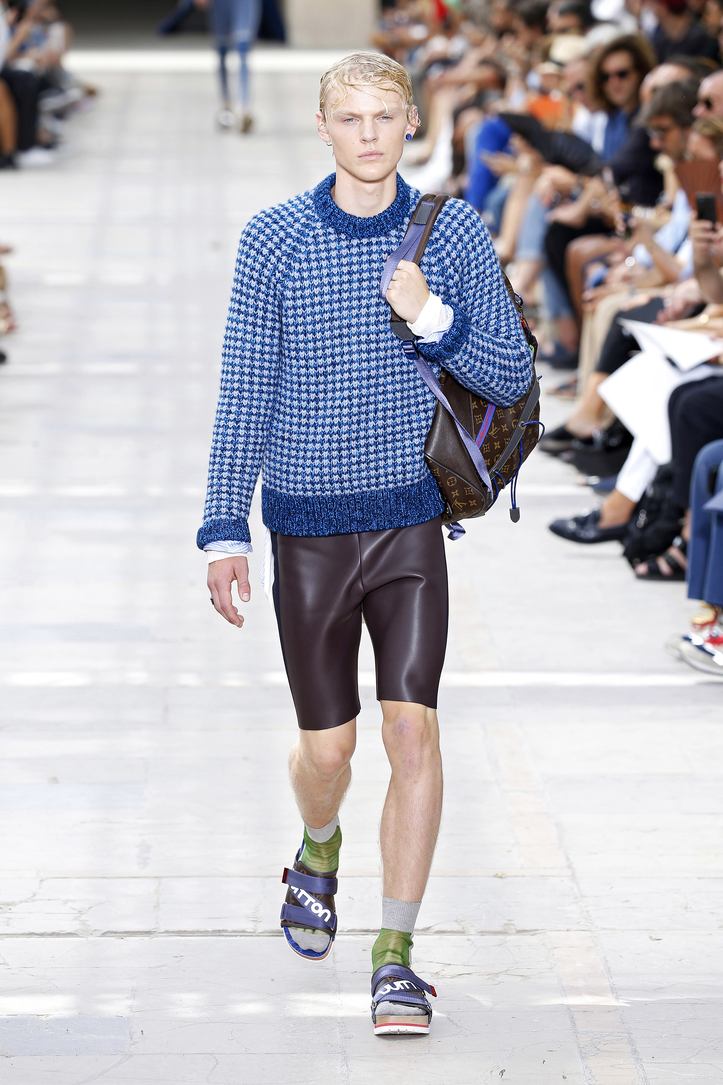 Paris Fashion Week Menswear Spring/Summer 2018 - Louis Vuitton - Catwalk  Featuring: Model Where: Paris, France When: 22 Jun 2017 Credit: Marcio Madeira/News Pictures/WENN.com  **Only available for publication in UK & USA**