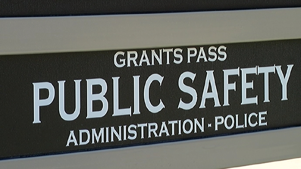 DO NOT BREAK GLASS: Grants Pass police say call 911 instead