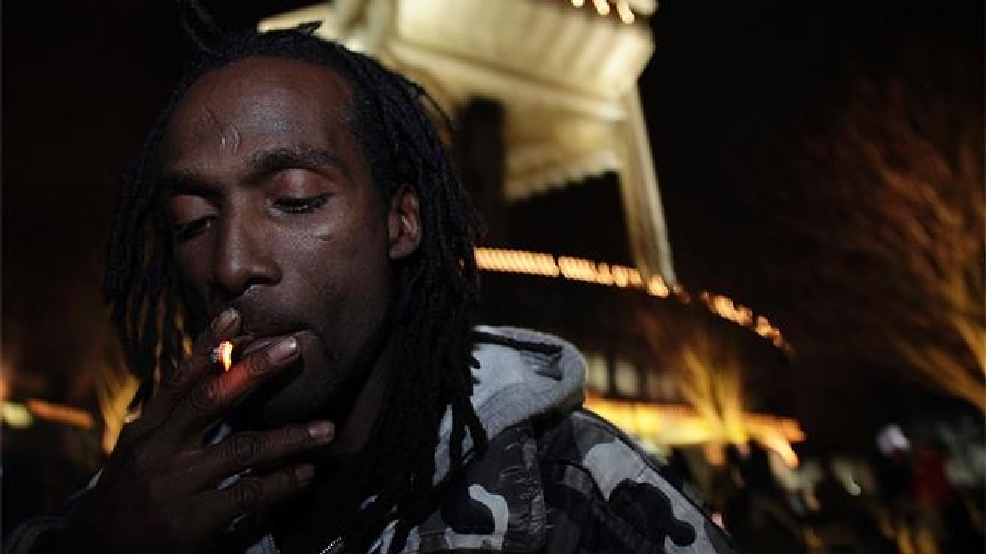 Smokers celebrate as state legalizes marijuana | KOMO