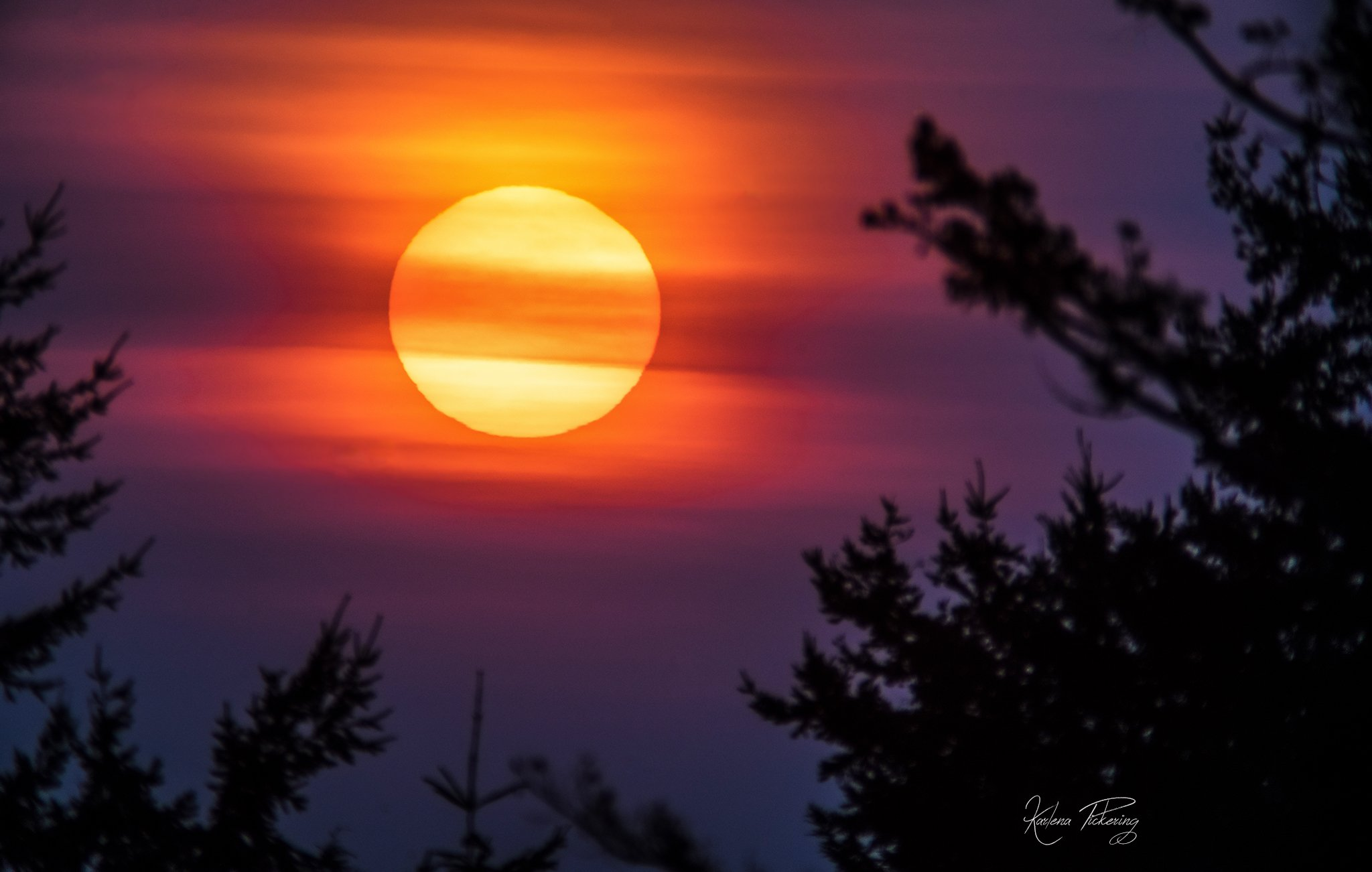 A smoky orange sunset as seen from Lopez Island on Dec. 9, 2017 (Photo: Karlena Pickering)<p></p>