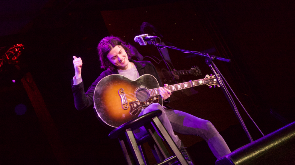PHOTOS: James Bay plays intimate STAR Stage at Snoqualmie Casino