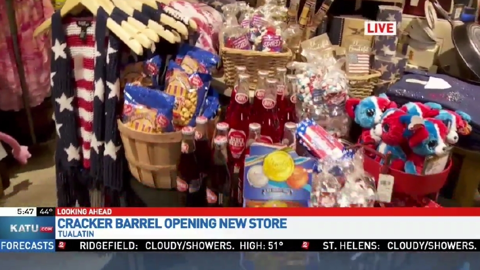 Cracker Barrel 39 S First West Coast Store Ready To Open In