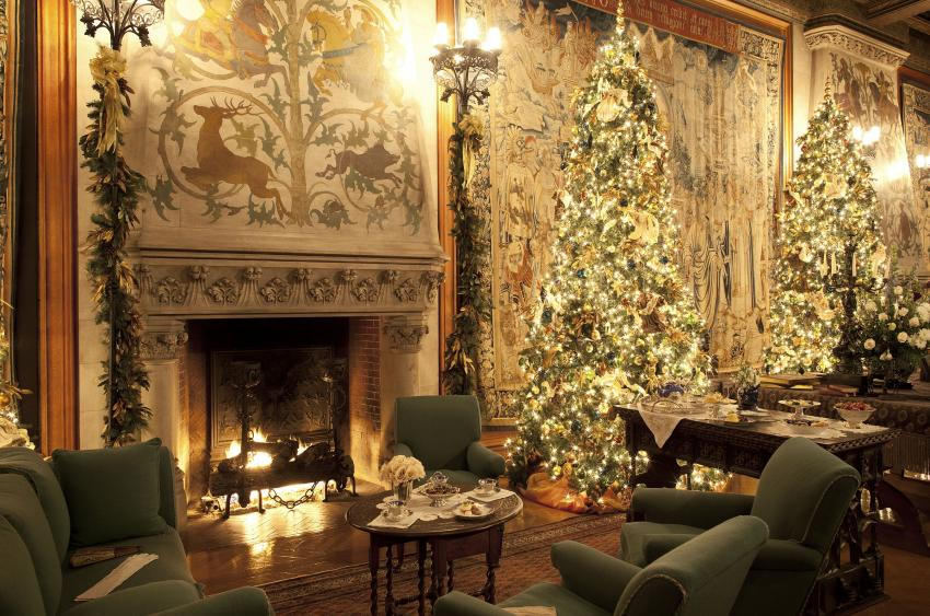 Tapestry Gallery. (Photo Credit: The Biltmore Company)
