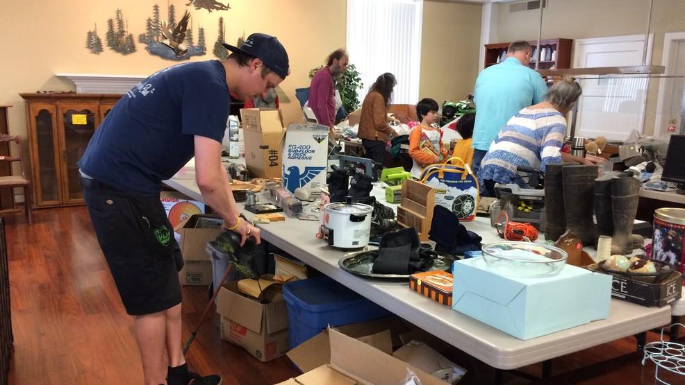 Downtown Eugene Garage Sale Helps Raise Funds Future Veterans School Expenses Kmtr