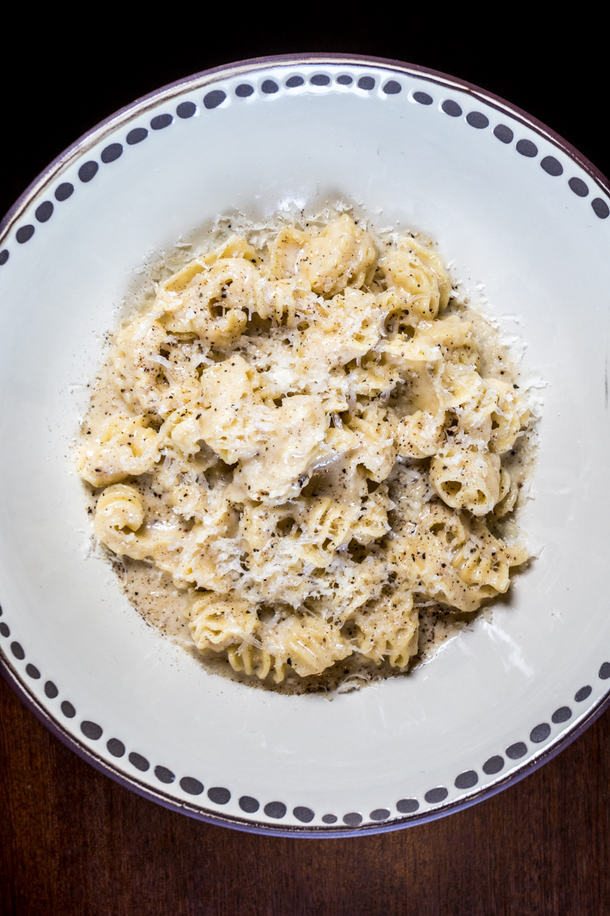 Radiatore Cacio e Pepe: classic pecorino cheese sauce with toasted peppercorns / Image: Catherine Viox{ }// Published: 4.21.20